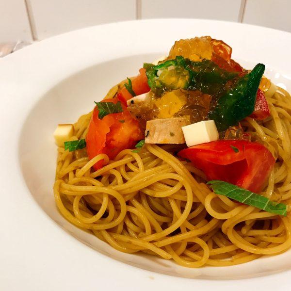 夏野菜のコンソメジュレパスタ